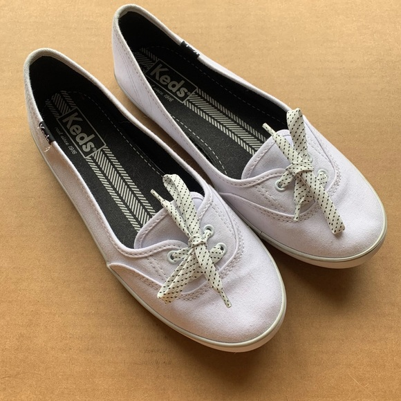 Keds Women's Size 7 White Sneakers